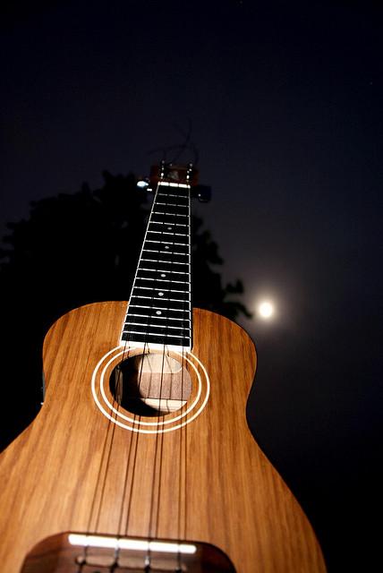 Kein geeigneter Ort für Musik: Auf dem Mond herrscht absolute Stille. (Quelle:flickr.com/jugbo)