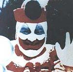"""John Wayne Gacy, auch bekannt als """"Pogo der Clown"""" tötete in den 70er Jahren insgesamt 33 Menschen."""